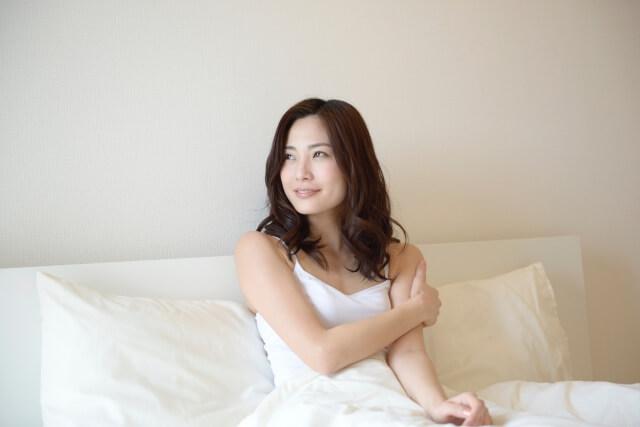 肌トラブルが解消してスッキリした女性イメージ